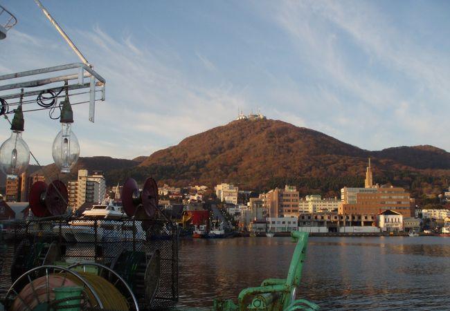 港から見た函館山も素敵やろ〜