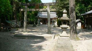 月神信仰伝説、宝生座発祥の地伝説など興味深い神社、月読神社(つきよみじんじゃ)