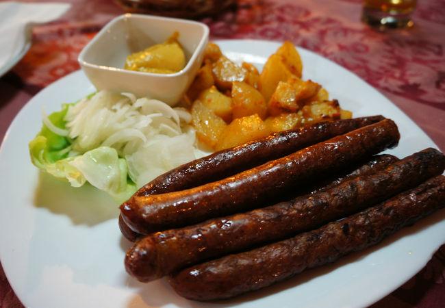 由緒正しい、ボヘミアン文化を築いたレストランDva jelena