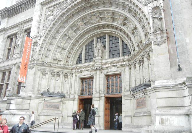 ヴィクトリア & アルバート博物館
