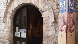市立博物館とフォロ ロマーノ