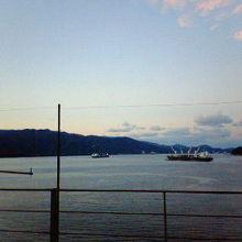 無料で入れる展望フロアから天橋立方面の眺めです。