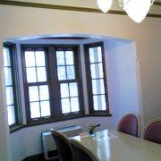 観光案内所、喫茶室、古賀政男記念館。
