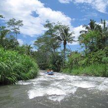 リバーラフティング (トラガワジャ川)