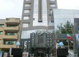アセマン ホテル