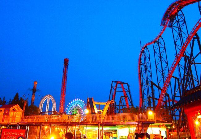 日没後の富士急は思いの外幻想的。