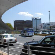 バス・タクシー乗り場