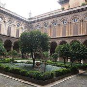 カラヴァッジョなどの16−18世紀の絵画作品があり