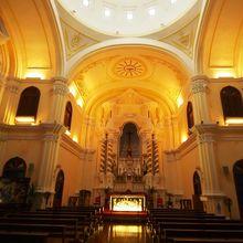 聖ヨセフ修道院および聖堂