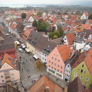 塔からフュッセンのメインストリートが一望できます。