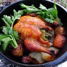ダッチオーブンの鳥丸焼きセット、簡単・おいしい