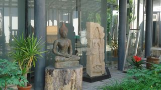 リーヴスギャラリー小坂奇石記念館