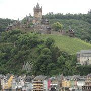 絵になるお城、そして眺めは最高!