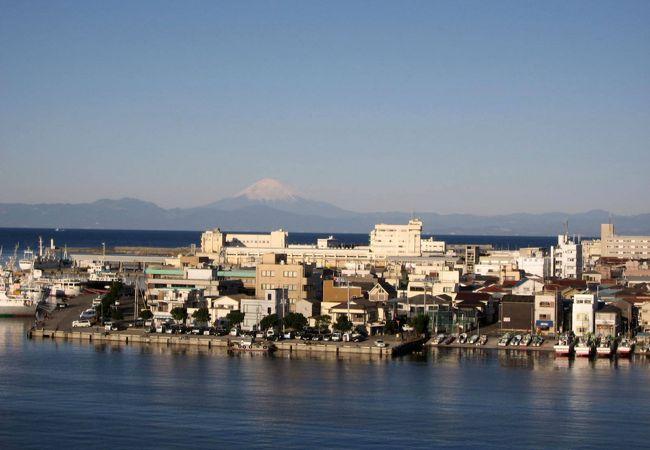 三崎港から見る富士山