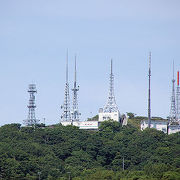 送信塔が林立する室蘭の山