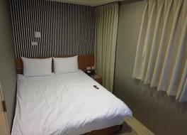 デイ ライト ホテル (日暉商務旅館)