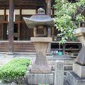 写真:岩松助左衛門の墓