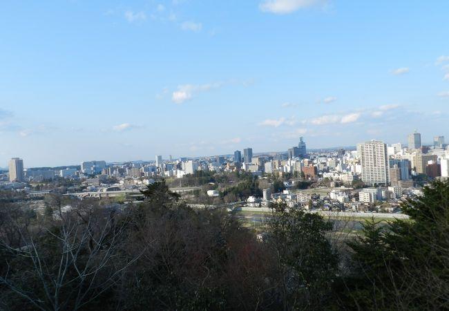 仙台市街地を一望できます