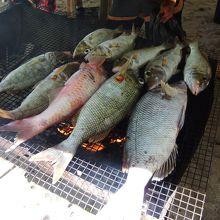 そのときにより、焼いた魚を出してくれることも。