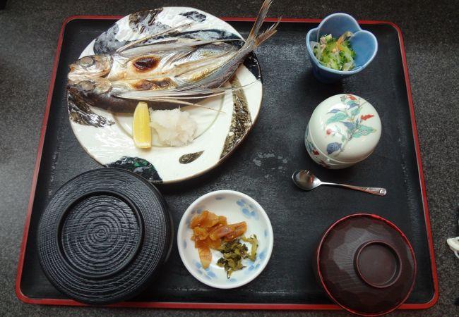 焼き魚(飛魚)定食 \950