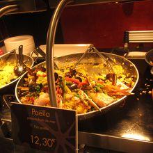 これは海鮮fishパエリヤで12.3ユーロ