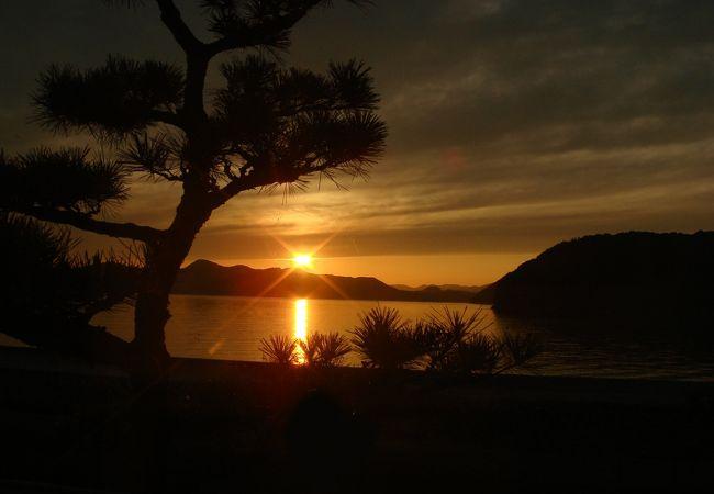 瀬戸内海に沈む夕日がスゴイ