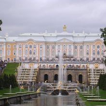 ペテルゴフ宮殿(夏の庭園)