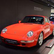 ポルシェ博物館: 芸術品とも呼ぶべき憧れの名車にうっとり