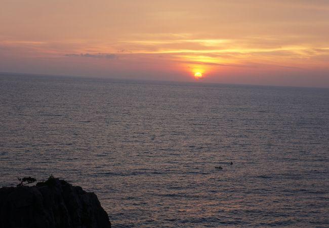 夕陽の絶景スポット ランチビュッフェもお茶もお土産もO.K
