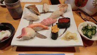 あなご寿司が食べられます。