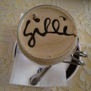 優雅ながらも堅苦しくない老舗カフェ