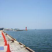 観光名所としては、中海に浮かぶボタンと朝鮮人参の大根島が有名です。