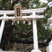 静かで心落ち着く神社