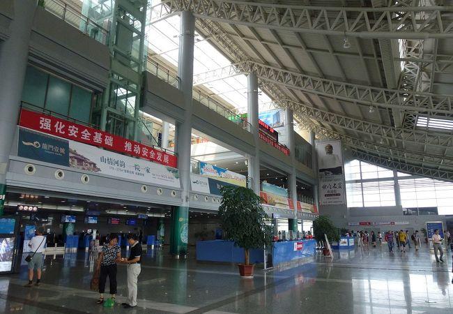 洛陽北郊空港 (LYA)