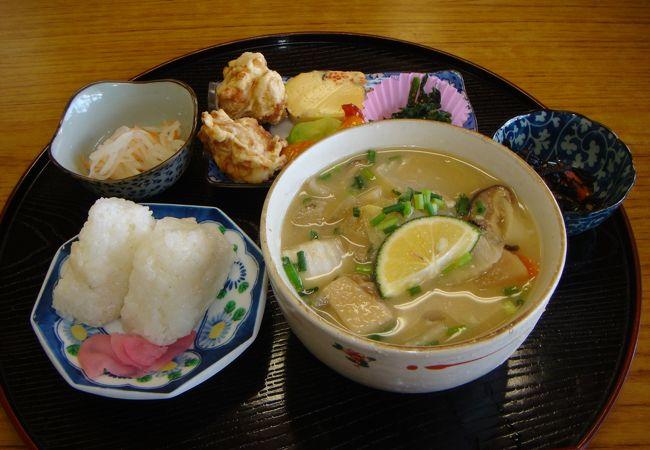 おいしい定食と名湯