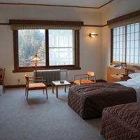 客室。アインシュタインの宿泊した15号室
