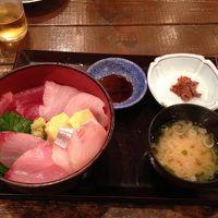 地魚回転寿司 丸藤 本店