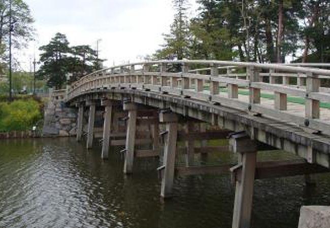 高田城址公園