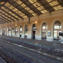 ガール ド ベジエ駅