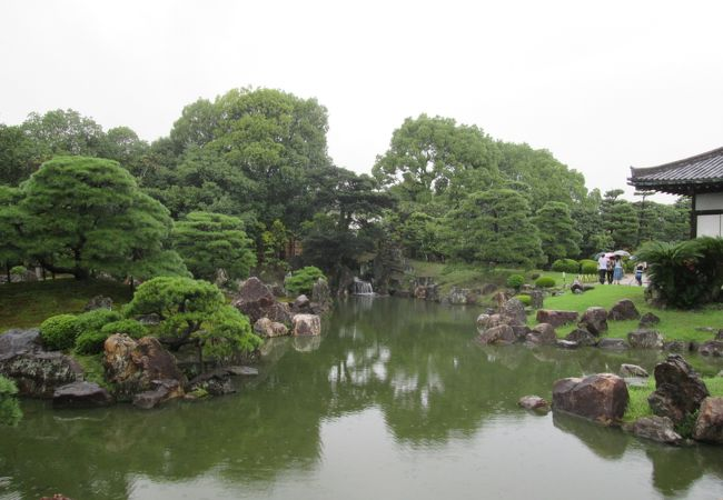 美しいお庭です