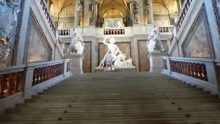 欧州3大美術館の1つ。