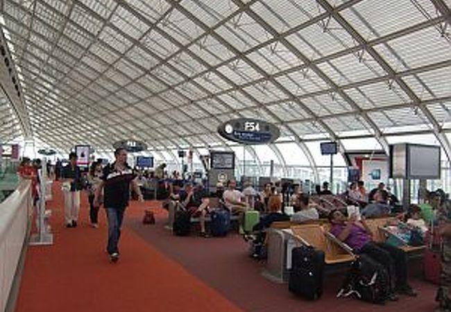 ターミナル2F
