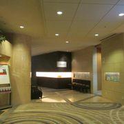 朝からホテルで「海鮮丼」!