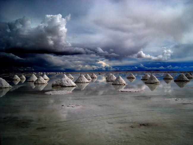 塩が作る三角錐
