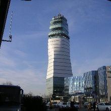 ウィーン国際空港 (VIE)