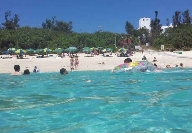 阿波連ビーチです♪人気のビーチですね。