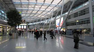 デュッセルドルフ空港 (DUS)