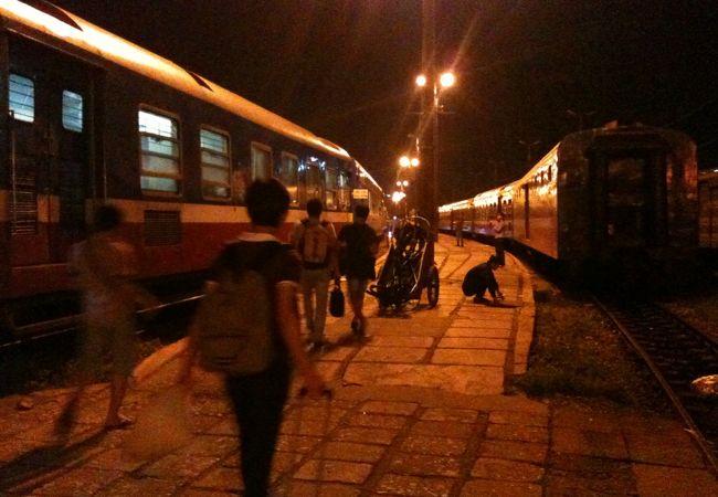 列車で行くサパツアー(APTトラベル)