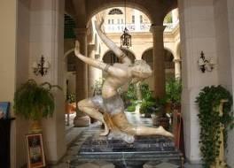ホテル フロリダ 写真