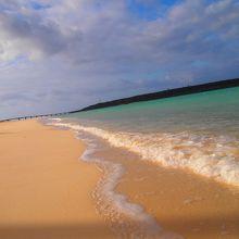 東洋一と称される美しい砂浜が続くビーチ
